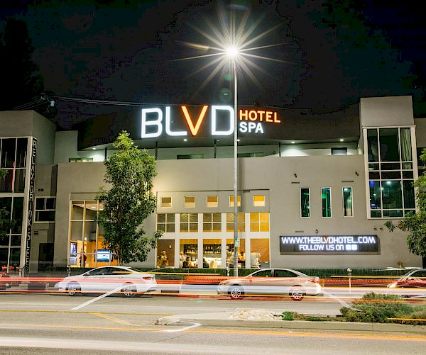 BLVD Hotel & Spa Studio City